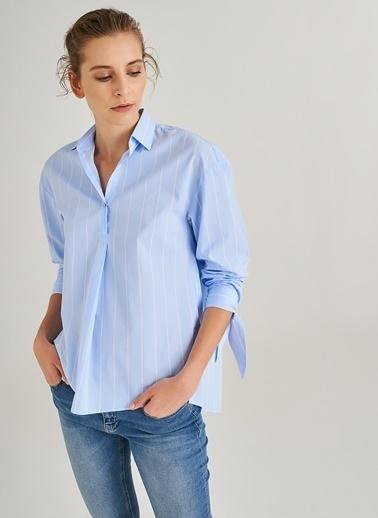 People By Fabrika Oversize Kolları Bağlamalı Gömlek Mavi
